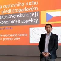 prednaska-politika-cestovniho-ruchu-20191204-001-a.jpg